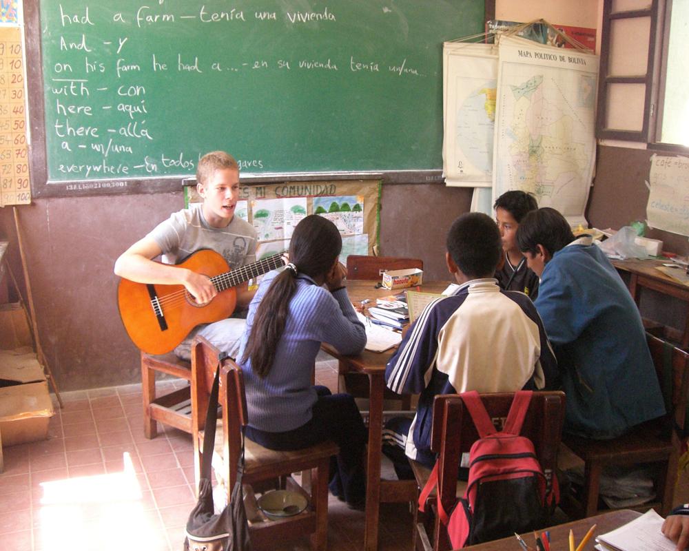 clases de musica con voluntarios a